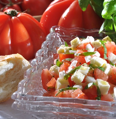 tomaten mozzarella salat. Black Bedroom Furniture Sets. Home Design Ideas